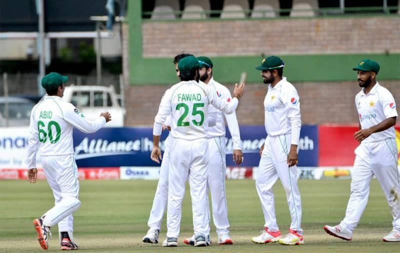 پاکستان نے زمبابوے کو ایک اننگز اور 116 رنز سے شکست دیدی