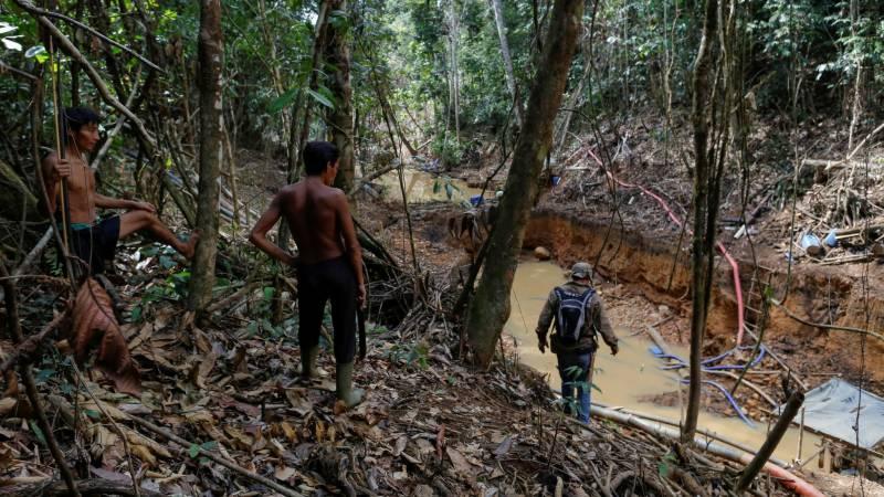 برازیل میں مردوں کی ہڈیاں کھانے والا انتہائی گھناؤنا قبیلہ سامنے آ گیا