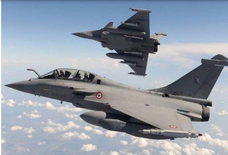 مصر نے فرانس سے 30 رافیل لڑاکا جیٹ طیارے خریدنے کا معاہدہ کرلیا