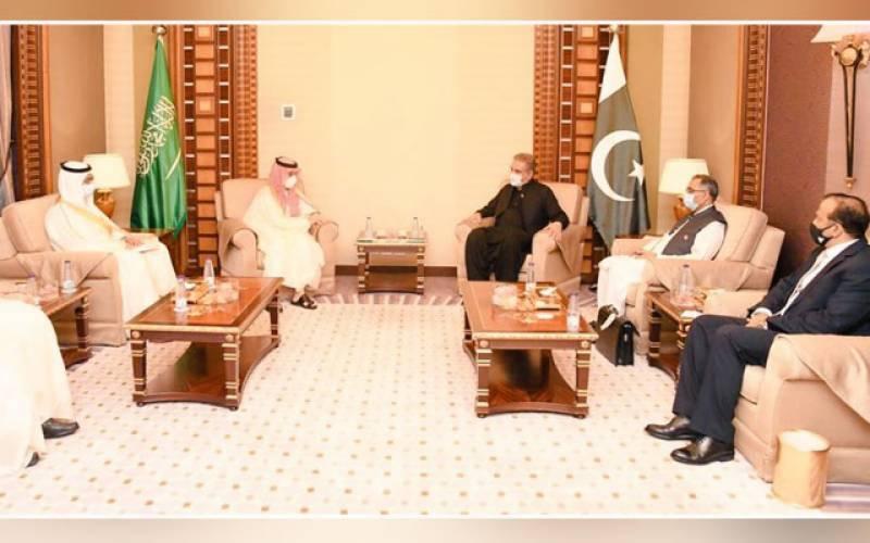 شاہ محمود قریشی کی سعودی ہم منصب سے ملاقات، سعودی تعاون کا شکریہ ادا کیا