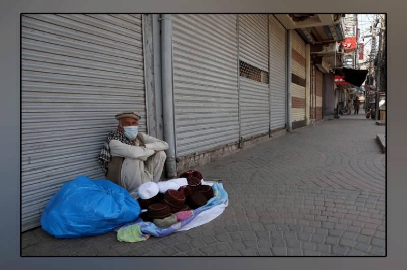 کورونا وائرس نے مزید 113 پاکستانیوں کی جان لے لی، خطرات بڑھنے لگے