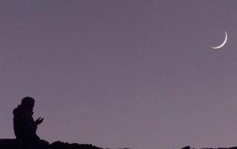 بھارت میں شوال کا چاند نظر نہیں آیا، عیدالفطر جمعہ کو ہو گی