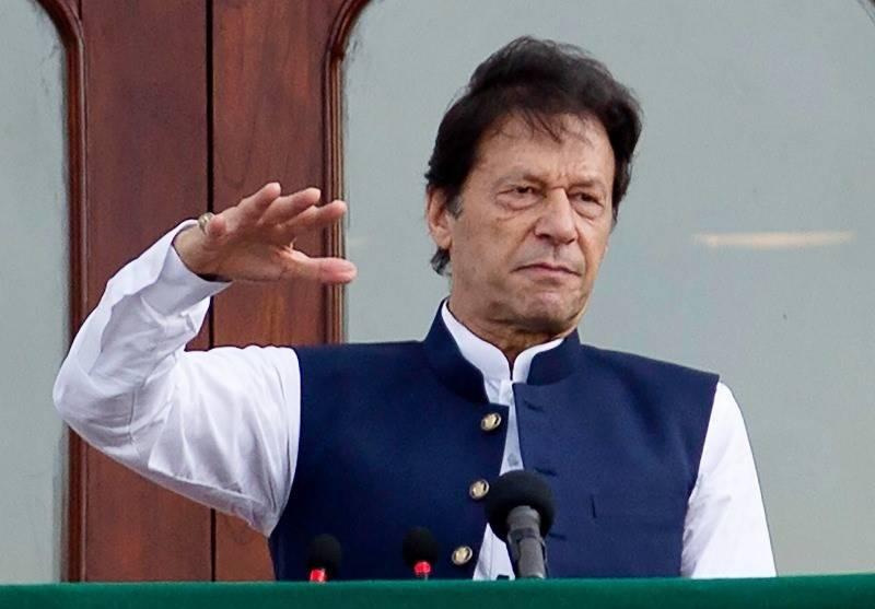 دہشت گردوں کے خلاف جنگ جاری رہے گی: وزیر اعظم عمران خان
