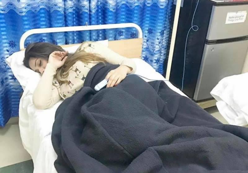 جنت مرزا گھوڑے سے گر کر زخمی ہو گئیں، ہسپتال داخل