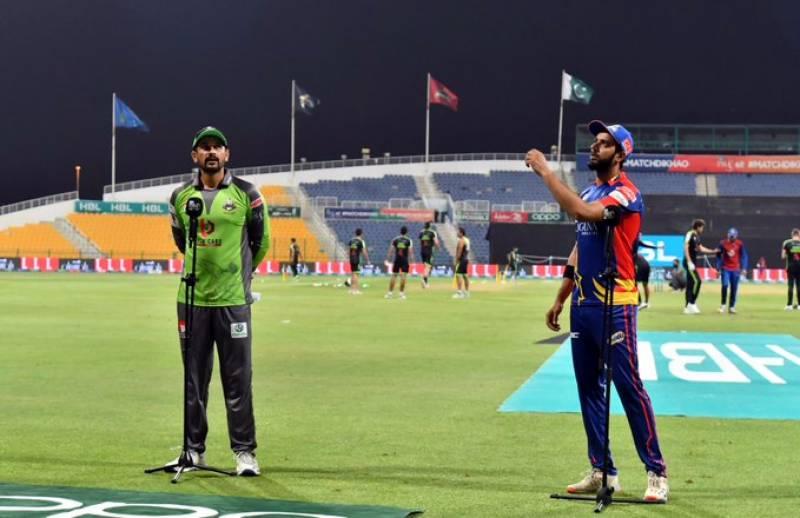 کراچی کنگز کا لاہور قلندرز کے خلاف ٹاس جیت کر بیٹنگ کا فیصلہ