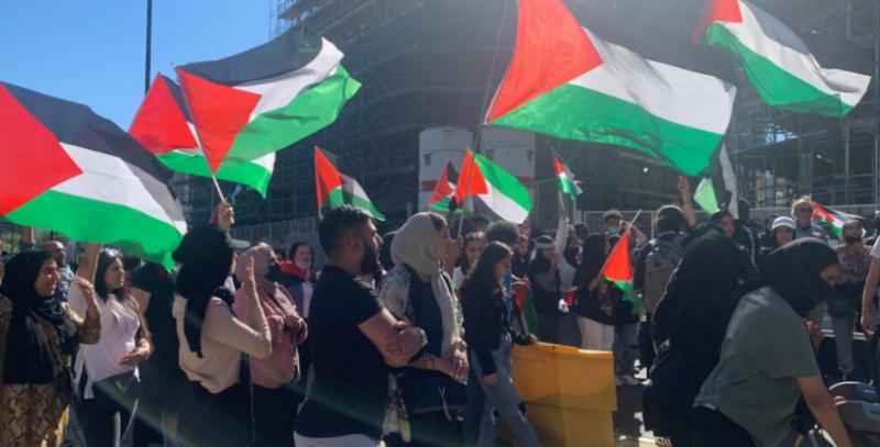 صیہونی گروپ کی جانب سے پیغمبر اسلام کی شان میں گستاخی پر فلسطینی سراپا احتجاج