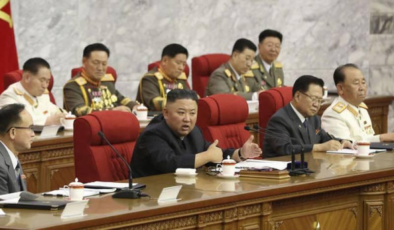 کم جونگ اُن امریکہ سے مذاکرات اور محاذ آرائی دونوں کے لیے تیار