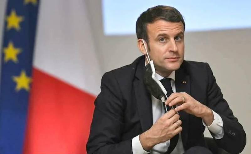 'جناب صدر! تھپڑ کھانے کے بعد آپ کی طبیعت کیسی ہے؟' سکول کی بچی نے فرانسیسی صدر کو شرمندہ کر دیا