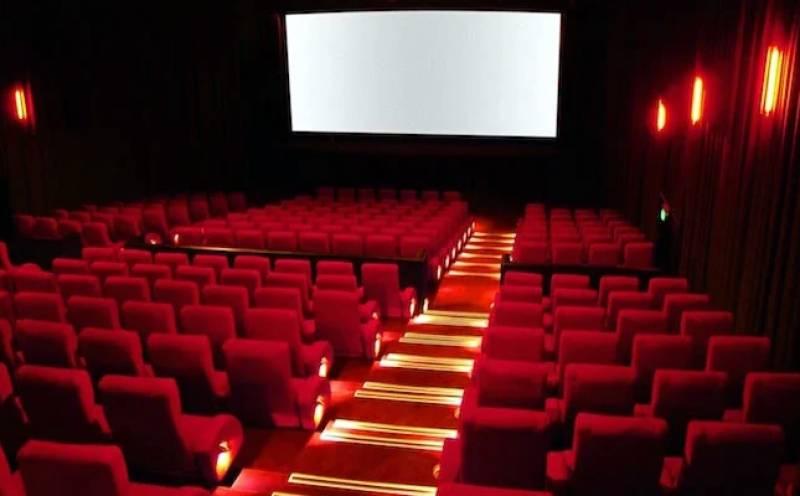 این سی او سی کی اجازت کے باوجود پنجاب میں سینما ہاؤسز کھل نہ سکے