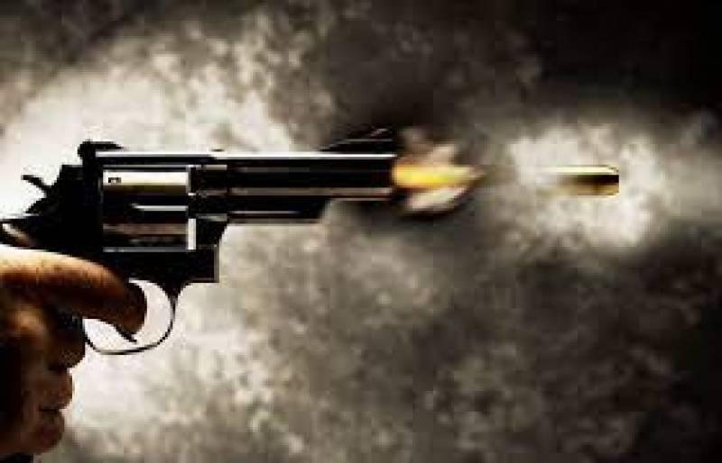 کراچی میں فائرنگ سے مطلوب دہشتگرد مارا گیا