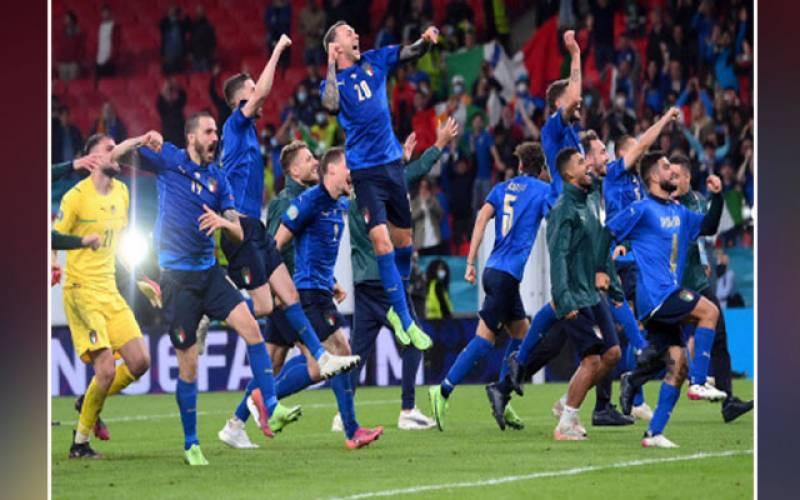Italy, semi-finals, Euro Football Cup, Spain, FIFA