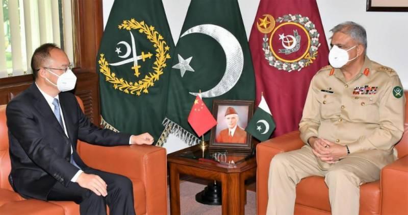 آرمی چیف سے چینی سفیر اور قطر کے نمائندہ خصوصی کی ملاقات