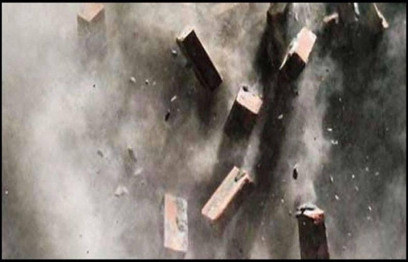 لاہور شاد باغ میں بوسیدہ مکان کے چھت گر گئی، 6 افراد جاں بحق