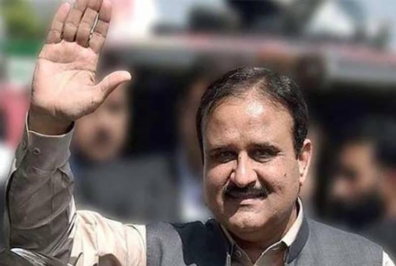وزیراعلیٰ پنجاب عثمان بزدار ان ایکشن ، پروٹوکول کے بغیر ہی لاہور کی سڑکوں پر گشت کرتے رہے