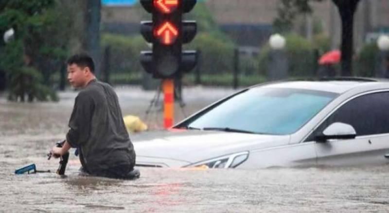 چین میں بارشوں نے تباہی مچادی ، کئی شہروں میں فوج طلب