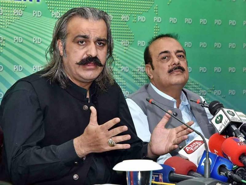 'شکست کو دیکھتے ہوئے مسلم لیگ ن اور پیپلز پارٹی دھاندلی کا واویلا مچانا شروع ہو گئی ہیں'