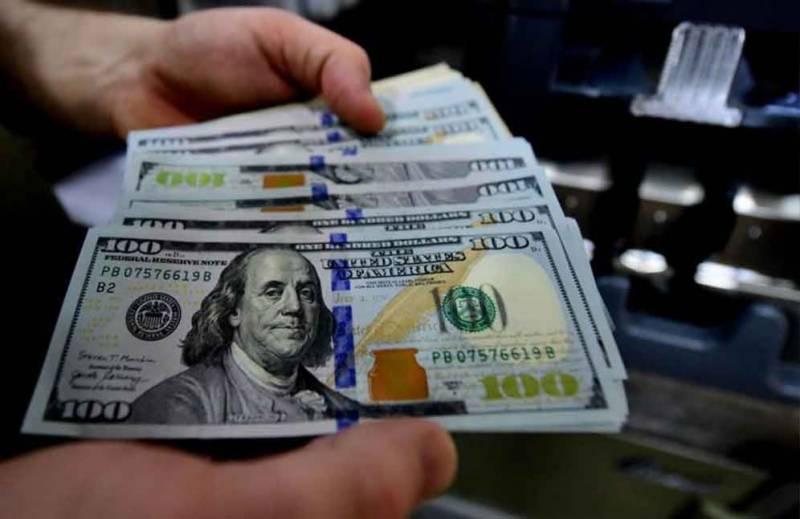 امریکی ڈالر کی قدر میں اضافہ، 100 انڈیکس میں 368 پوائنٹس کی کمی