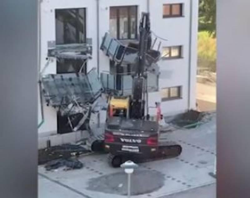 اجرت نہ دینے پر ملازم نے زیرتعمیر عمارت کو کروڑوں کا نقصان پہنچادیا