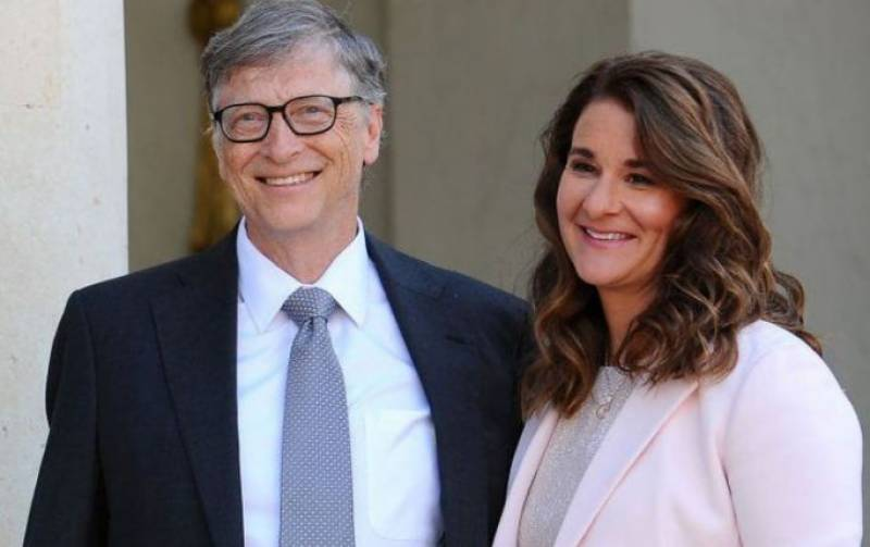 مائیکرو سوفٹ کے بانی بل گیٹس اور ملینڈا کے درمیان باقاعدہ طلاق ہوگئی