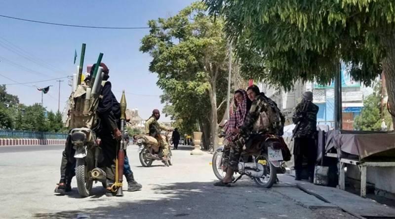طالبان کی پیش قدمی میں تیزی ، غزنی کے بعد ہرات پر بھی قبضہ کرلیا