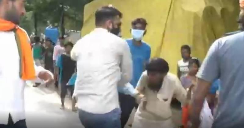 بھارت میں انتہاپسند ہندوؤں کا ایک اور مسلمان پر تشدد، جے شری رام کے نعرے لگوائے