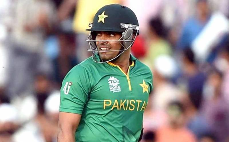 عمر اکمل نے کلب کرکٹ کھیلنا شروع کر دی