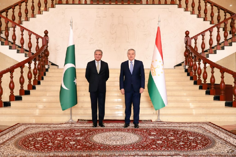 افغان صورتحال ، وزیر خارجہ دوشنبے پہنچ گئے