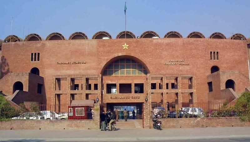 پاکستان کرکٹ بورڈ نے قومی ٹیم کیلئے غیر ملکی ہیڈ کوچ لانے کا منصوبہ بنا لیا