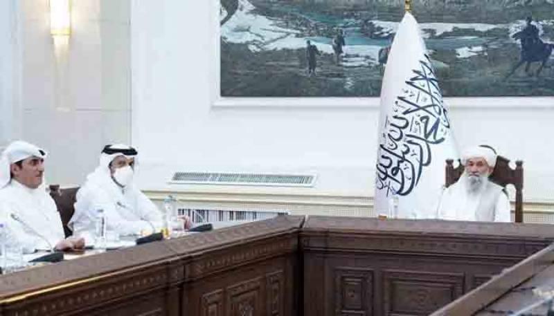 قطری وزیر خارجہ کی افغان عبوری وزیراعظم سمیت دیگر اعلیٰ قیادت سے ملاقات