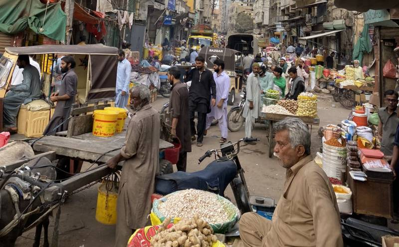 سندھ میں مارکیٹیں رات 10 بجے تک کھولنے کی اجازت، دفاتر میں 100فیصد عملہ آئے گا، نوٹیفکیشن جاری