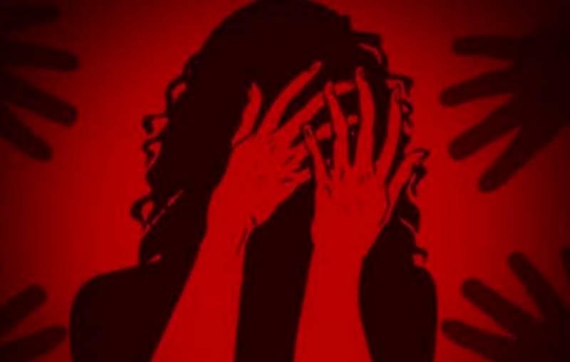 شیخوپورہ میں ڈکیتی کے دوران لڑکی کیساتھ والدین کے سامنے اجتماعی زیادتی