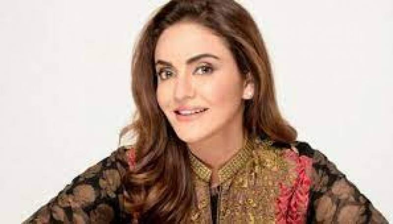 اداکارہ نادیہ خان کے ساتھ سائبر کرائم ، ملزم گرفتار