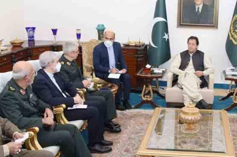 پاکستان اور ایران کا معاشی اور توانائی کے شعبہ میں تعاون بڑھانے کے عزم کا اعادہ