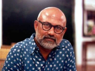 بھارتی صحافی اکشایا مکل کا مودی سے ایوارڈ وصول کرنے سے انکار