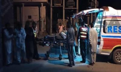پنڈی بھٹیاں: موٹروے پر تفریح کیلئے جانے والی طلبہ کی بس الٹ گئی ، 6 زخمی