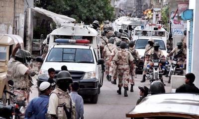 کراچی میں رینجرز کا آپریشن ، پی پی رہنما فیصل شیخ سمیت 8 افراد گرفتار