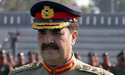 آرمی چیف جنرل راحیل شریف سول اسپتال کراچی پہنچ گئے