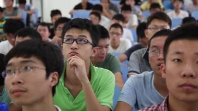 چین میں شادی کی عمر کے باوجود کنوارے رہنے والے نوجوانوں کی تعداد 20 کروڑ ہو گئی
