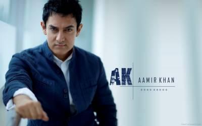 عامر خان فلم 'دنگل' کے بچوں کی اداکاری کے گرویدہ ہو گئے