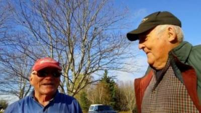 کینیڈا کے عمررسیدہ شخص نے اپنی قبر خود کھود لی!