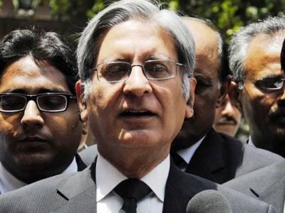 ججوں کو احساس ہونا چاہیے ثبوت حامد خان نے نہیں شریف خاندان نے دینے ہیں: اعتزاز