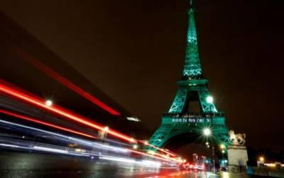 سیاحوں کے لیے معروف پیرس اب ڈاکوں کی وجہ سے عالمی شہرت حاصل کرنے لگا
