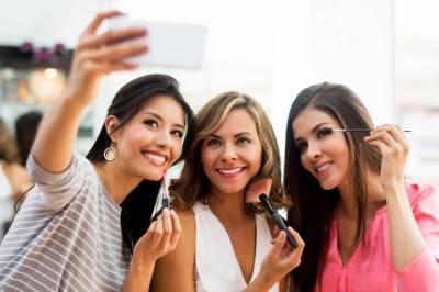 سوشل میڈیا عادات، جو آپس کے تعلقات متاثر کر سکتی ہیں