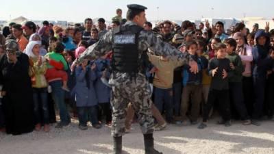 اردنی سرحد، ہزاروں شامی پناہ گزین امداد کے منتظر