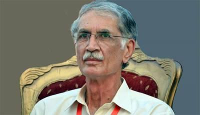 وزیر اعظم سی پیک پر سیاسی رہنماؤں کو بلائیں ورنہ ملک کو نقصان ہوگا: پرویز خٹک