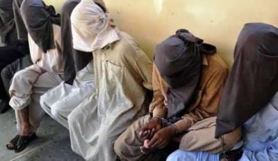 کراچی:پولیس کی مختلف علاقوں میں کارروائیاں، 5 ملزمان گرفتار