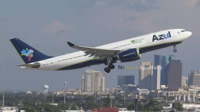 برازیل کی فٹ بال ٹیم کو لیجانے والا طیارہ کولمبیا میں گر کر تباہ