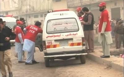 مختلف ٹریفک حادثات میں 2طلباء سمیت6 افراد جاں بحق، 21 زخمی