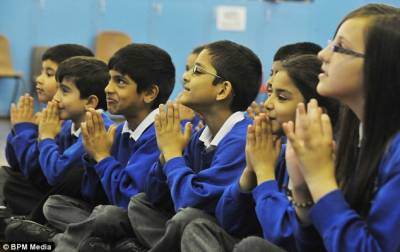 انگلینڈاورویلزمیں 26000مسلمان بچے کیتھولک سکول جاتے ہیں،رپورٹ
