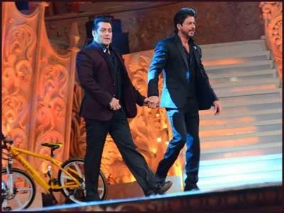 سلمان خان اور شاہ رخ کی تقریب میں ایک ساتھ انٹری